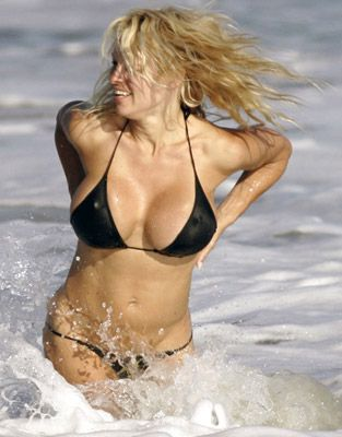 Pamela Anderson - 49